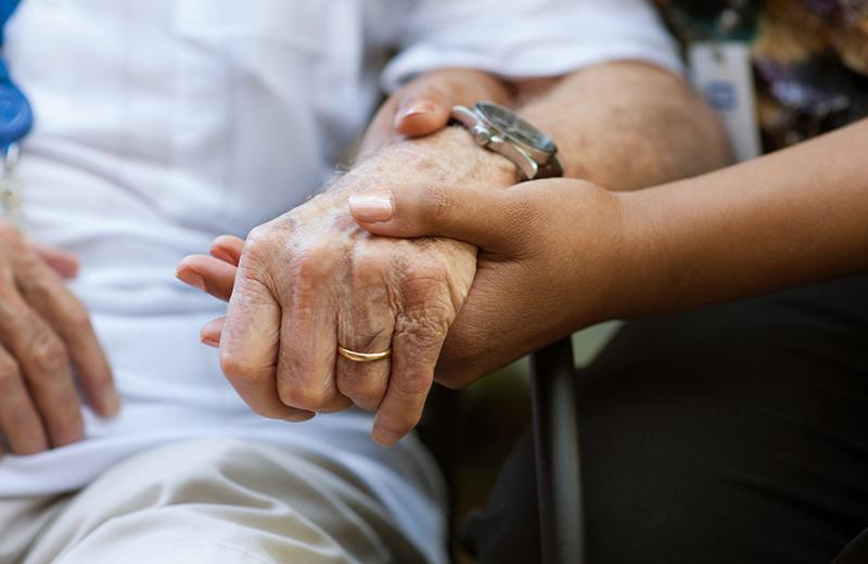 peaceful-pines-senior-living-caregiver-02